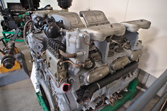 Maybach V12 Engine for the AMX 50 pre war tank (Prototype) (Triple-green) Tags: benzin carlzeiss carlzeissjena flektogon420 fujifilmxt1 gasoline koblenz lensturbo maybach militär panzermotor tankengine technikmuseum v12 wehrtechnischestudiensammlungkoblenz zhongyilensturboii