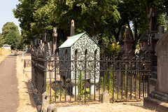 Frederick Leyland's tomb | Brompton Cemetery | July 2018-14 (Paul Dykes) Tags: london england unitedkingdom gb westbrompton bromptoncemetery victorian cemetery graves magnificentseven uk magnificentsevencemeteries frederickleyland siredwardburnejones preraphaelite