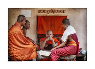 All is One - Welcome to Samsara. Physical Manifestations Analog and Digital Section PEOPLE © copyright Mauro Fattore all rights reserved #travelphotography #colorsoftheworld #buddhism #monks #asiantravel #peoplephotography #peopleportraits #stre