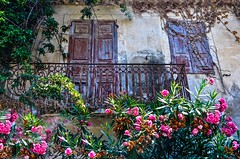 (yonca60) Tags: balcony window flowers house casa shutter greece kefalonia oldhouse door balconydoor balkon facade