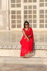 taj mahal red (kexi) Tags: agra india asia uttarpradesh tajmahal woman red dress white marble smile canon vertical february 2017