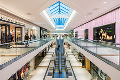 Hudson's Bay Upper Level (Michael Muraz Photography) Tags: 2015 canada newmarket northamerica on ontario oxfordproperties toronto uppercanadamall world architecture commercial interior interiordesign mall shop store ca