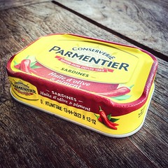 SARDINES (VINCENT MOYASHI) Tags: sardines fish conserve yellow table coteazur frenchriviera france food yummy stillife vacation holiday