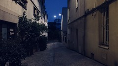 27-06-18 Impasse Orfila, 75020 (marisan67) Tags: night iphoneographie photodenuit picoftheday iphonography 2018 nightphoto paris photographie pola rue polaphone lights mobilephotographie photo ciel photoderue iphonographer urban detail streetphoto 365project 365 urbanphotographie photodujour street projet365 streetphotographie lumière pictureoftheday iphoto instantané photooftheday iphonographie light iphonegraphy 365projet détail nuit streetphotographer cliché iphone