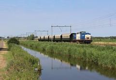 VolkerRail 203-1 (tom) met 6 rijtuigen van de VSM te Oostzaan (daniel_de_vries01) Tags: volkerrail 2031 tom met rijtuigen van de vsm te oostzaan