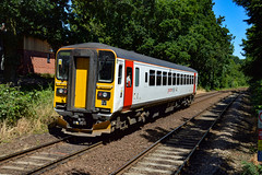 153335  - Brundall Gardens - 30/06/18. (TRphotography04) Tags: greater anglia 153335 throttles away from brundall gardens with 2p24 1436 norwich great yarmouth