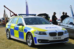 YX14 GHA (S11 AUN) Tags: humberside police bmw 530d estate touring anpr traffic car rpu roads policing unit 999 emergency vehicle yx14gha