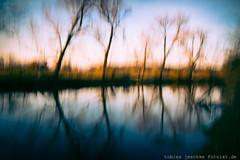 20141109-_MG_1586-100D14-TJ-www-fotoist-de (tobias jeschke fotoist.de) Tags: bäume flus halle landschaft langzeitbelichtung rabeninsel saale wasser verwaschen