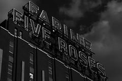 Farine Five Roses (ram8t) Tags: farine five roses noiretblanc noir blanc photo photographie photography street panneau