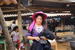 8N1A8361- VIETNAM vers Lao Cai le petit marché de Cao Son et ses ethnies richement vêtues (Lionel Corréia) Tags: asie asia asian vietnam vietnamnord nortvietnam vietnamscene scènesdevie ethnie