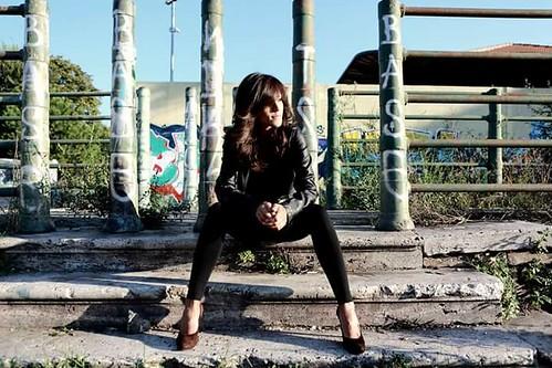 Valentina Valeri & Band 🌹 #rock  📷 di Carlo Tartarelli ] ; ) ::\☮/>>http://www.elettrisonanti.net/galleria-fotografica #psychedelico #folk 🎸 #cantautrice 🎥#elettritv💻📲 #sottosuolo #music #live #underground