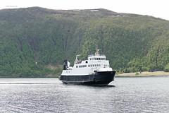 """""""Helgøy"""" (OlafHorsevik) Tags: helgøy botnhamn senjaferga senjafergene malangsferga ferge ferga ferje ferja ferry senja torghatten nord thn"""