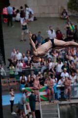 Entrenamientos Red Bull Cliff Diving (Cruz Roja Bizkaia) Tags: redbullcliffdiving redbull cliffdiving bilbao cruzroja gurutzegorria redcross entrenamientos saltos deporte deportes sports agua water rio ria