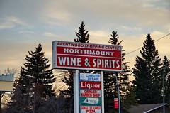 Northmount Sign (Bracus Triticum) Tags: northmount sign calgary カルガリー アルバータ州 alberta canada カナダ 12月 december winter 2017 平成29年 じゅうにがつ 十二月 jūnigatsu 師走 shiwasu priestsrun