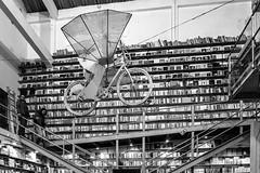 LisboBooks (183/365) (Walimai.photo) Tags: black white blanco negro byn bw branco preto blanc noir bookstore librería lisboa lisbon portugal lx5 lumix panasonic lxfactory