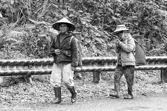 -c20161125-810_2586_-2 (Erik Christensen242) Tags: phúvinh thừathiênhuế vietnam vn farmer bw monochrome nonla face pipe street