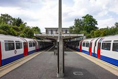 Oakwood Station Platform (London Less Travelled) Tags: uk unitedkingdom england britain london oakwood southgate enfield station tube underground transport publictransport rail railway train platform holden charlesholden
