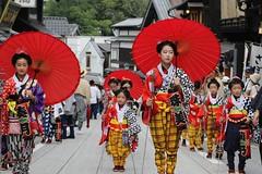 Festival Girls(Chigo) (seiji2012) Tags: 成田市 成田祇園祭 稚児 行列 和傘 festival narita parade umbrella