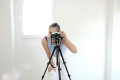 self-portrait with window (#mimesi) Tags: bianco finestra fujix