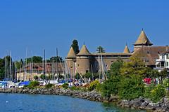 Château de Morges (Diegojack) Tags: morges vaud suisse d7200 nikon nikonpassion monuments châteaux musée port bateaux groupenuagesetciel