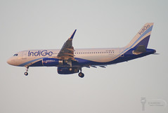 IndiGo - Airbus A320-200 - VT-IAR (Stavridis - Aviation & Photography) Tags: india indian indigo airbus a320200 a320 aviation runway avgeek avspotter spotters spotting dxb omdb uae airways airliners airlines airline jetsetter