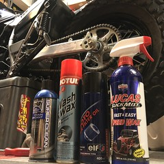 Yamaha TW200 Wash And Prep May 2018 BEL•RAY CHAIN LUBRICANT / MOTUL WASH & WAX / elf MOTO Air Filter Oil / LUCAS Slick Mist Fast & Easy Speed Wax (GCRad1) Tags: yamaha tw200 wash prep clean air filter unifilter uni chain lube motorcycle dualsport