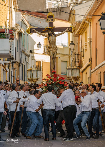 "(2018-06-22) - Vía Crucis bajada - Luis Poveda Galiano (06) • <a style=""font-size:0.8em;"" href=""http://www.flickr.com/photos/139250327@N06/28285088377/"" target=""_blank"">View on Flickr</a>"