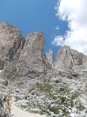 DSCN0085 (Puntin1969) Tags: rifugio scorcio nikon coo estate vacanze montagna dolomiti valdifassa fassa sole