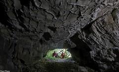 Daniel,  Fidji et Moi a l'entrée de la Grotte de Beaumotte les Pins (francky25) Tags: daniel et moi lentrée de la grotte beaumotte les pins photo ramey franchecomté doubs karst haute saone
