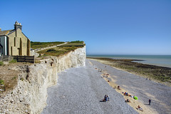 Birling Gap, Sussex (marktandy) Tags: birlinggap sussex june 2018 cliff chalk nationaltrust beach sea shingle channel summer bluesky d7100 nikon