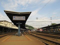 Railway station in Bratislava (transport131) Tags: infrastruktura infrastructure bratislava hlavná stanica station rail stacja