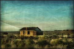 Left behind.... (Sherrianne100) Tags: textures oncewashome deserted desolate abandoned oldbuilding oldhome arizona