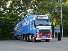 Photo of D Jenkins CV16 HVB at Welshpool
