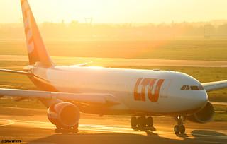 LTU Airbus A330-223 D-ALPC / DUS