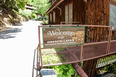 Welcome to the Oregon Caves.. (daveynin) Tags: chateau wooden lodge historic nationalhistoriclandmark sign welcome