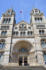 Natural History Museum (*~Dharmainfrisco~*) Tags: dharmainfrisco dharma travel tour london west minister westminister food chinatown kennsington europe kensington natural history museum darwin gems stones collectibles fossils world travels animals species science studies learning