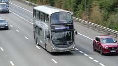 Get Back To London! (londonbusexplorer) Tags: reading buses daf db250 wrightbus gemini 530 x100rdg dw55 lj04leu 702 legoland windsor london victoria bus greenline