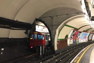 London Underground Bakerloo line 1972TS at Piccadilly Circus