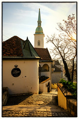 View to St Martins Cathedral, Bratislava (S.R.Murphy) Tags: april2018 architecture art bratislava urban urbanlandscape cathedral stmartinscathedral morning morninglight sun sunrise fujifilmxt2 fujifilmxf1855mm bratislavsky staremesto building slovakia tree