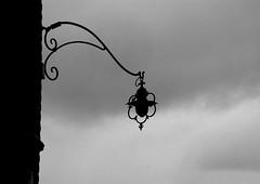 Venetian forms (pjarc) Tags: europe europa italy italia veneto venetian venice venezia venedig forme forms winter inverno 2018 febbraio february foto photo bw black white nikon dx silhouette