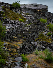Slate steps, Pen yr Orsedd quarry (Rogpow) Tags: nantlle penyrorseddquarry slatequarry wales yfron slate steps slatesteps abandoned decay disused derelict dilapidated industrialhistory industrialarchaeology industrial industry mill fujifilm fuji fujixpro2 snowdonia northwales penyrorsedd