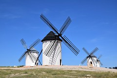 Molinos de viento (Campo de Criptana, Castilla-La Mancha, España, 17-6-2018) (Juanje Orío) Tags: 2018 campodecriptana provinciadeciudadreal castillalamancha españa espagne espanha espanya spain molino