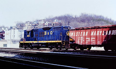 Baltimore & Ohio 6565 (CPShips) Tags: bo westernmaryland chessiesystem emd gp9 cumberland 1978
