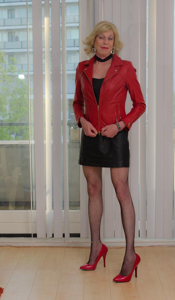 162a85c9b28 Black and red leather 2. (sabine57) Tags  crossdressing transvestism  crossdress crossdresser cd