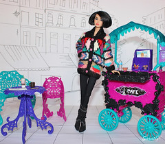 Cafè (saratiz) Tags: sweater poppyparker cafe paris fashiondolls