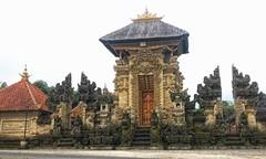 Temple Entrance, Bangli, Bali (scinta1) Tags: bali bangli pura kintamani temple architecture ornate stonecarving stonework entrance pintu candi roof gold door carved balinesedoor