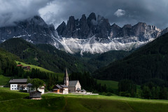 Santa Maddalena in the Dolomites | Italy (NicoTrinkhaus) Tags: dolomites italy mountains nature landscape church santamaddalena odlemountains summer italian