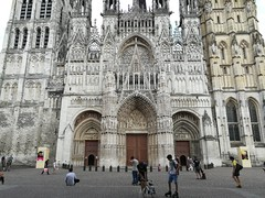 Rouen has many grand churches.