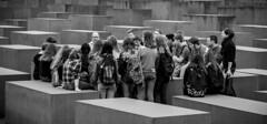 berlin (DROSAN DEM) Tags: split croatia europ pivo beer people girl woman reflection life world monde vie composition inspiration expression artistique art artistic couleurs colors couleur color naturel naturelle natural simplicité simplicity simple macrophotography patrón orgánico profundidad de campo brillante textura aire libre macrofotografía surrealista borde para fotos abstracto monocromático geometría redondo fondo negro círculo colección arquitectura playa arena mar cielo agua océano bahía bote roca berlin germany monocroma