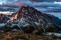 Sunset Colors on Mount Stuart (Brian Xavier) Tags: 2018fortunepeaktrip alpinelakesregion esmeraldabasin mountstuart sunsetlightonmountstuart teanaway teanawaymountains washingtonstate backpacking boulders brianxavierphotography camping cloud clouds cloudsinthesky color colorphoto colors fatheranddaughterouting flickr hiking landscape mountains natural nature optoutside outinnature outdooractivity outdoors outside pinetrees rock rocks sky snow sunsetcolorsintheclouds tree trees wilderness